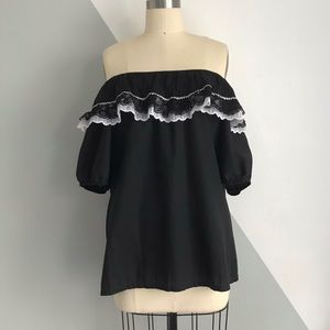 ⋒ Vintage Black & White Multi-Wear Ruffle Top